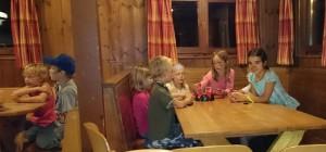Hütte u10 2014 - Kartenspielen